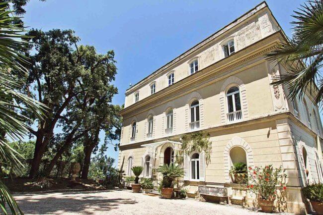 Elegant villa in Sorrento outdoor