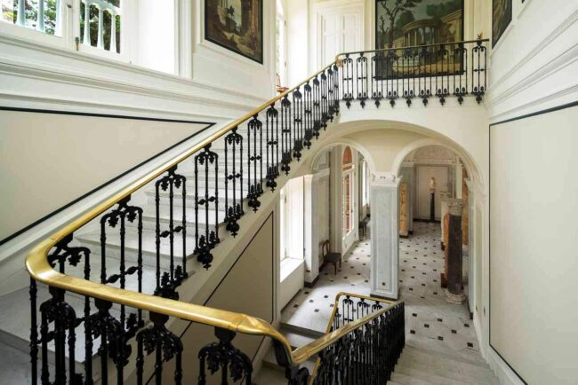 Wedding villa with elegant hall staircase