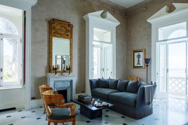 Living room of a wedding villa in Sorrento