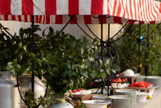 Buffet station with country decors