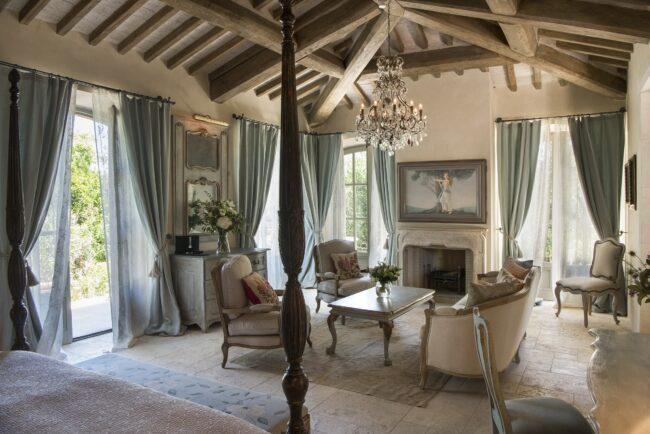 Elegant suite details