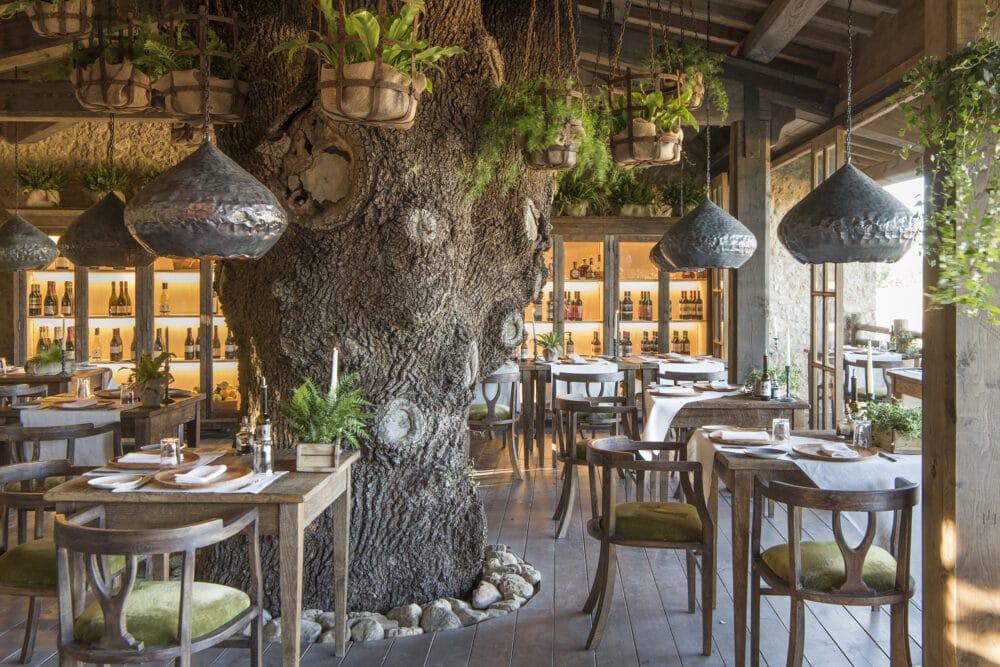 Restaurant luxury wedding hotel in Tuscany