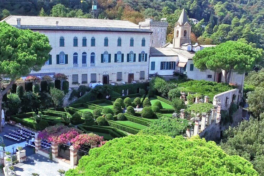 Wedding venue with italian garden with sea view